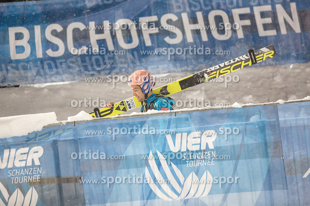 05.01.2017, Paul Ausserleitner Schanze, Bischofshofen, AUT, FIS Weltcup Ski Sprung, Vierschanzentournee, Bischofshofen, Qualifikation, im Bild Andreas Kofler (AUT) // Andreas Kofler of Austria after his Qualification Jump for the Four Hills Tournament of FIS Ski Jumping World Cup at Bischofshofen the Paul Ausserleitner Schanze in Bischofshofen, Austria on 2017/01/05. EXPA Pictures © 2017, PhotoCredit: EXPA/ Dominik Angerer