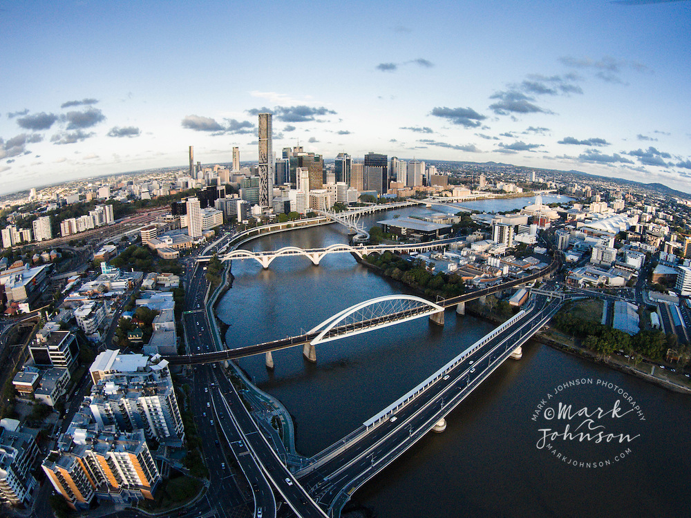 Brisbane city and Brisbane River, Queensland, Australia