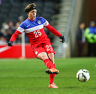 Meghan Klingenberg of USA Women during the International Friendly match at stadium:mk, Milton Keynes<br /> Picture by David Horn/Focus Images Ltd +44 7545 970036<br /> 13/02/2015