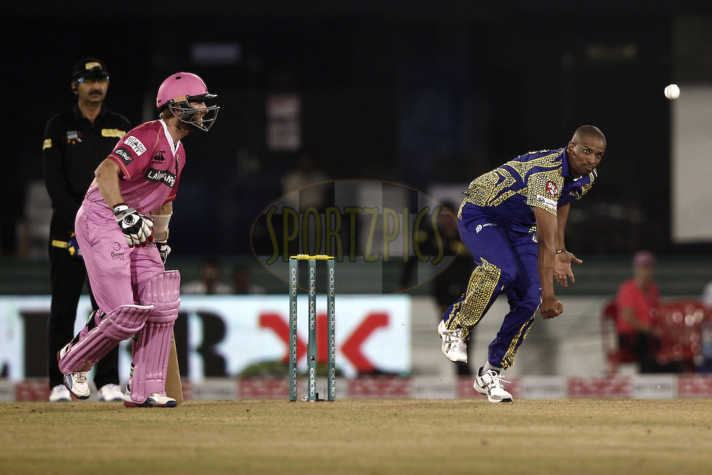 Vernon Philander of Cape Cobras during match 3 of the Oppo Champions League Twenty20 between the Cape Cobras and the Northern Knights held at the Chhattisgarh International Cricket Stadium, Raipur, India on the 19th September 2014<br /> <br /> Photo by:  Deepak Malik / Sportzpics/ CLT20<br /> <br /> <br /> Image use is subject to the terms and conditions as laid out by the BCCI/ CLT20.  The terms and conditions can be downloaded here:<br /> <br /> http://sportzpics.photoshelter.com/gallery/CLT20-Image-Terms-and-Conditions-2014/G0000IfNJn535VPU/C0000QhhKadWcjYs