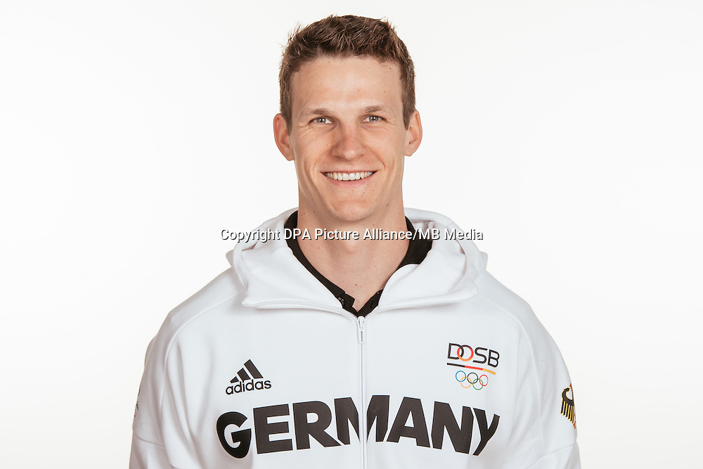 Malte Jaschik poses at a photocall during the preparations for the Olympic Games in Rio at the Emmich Cambrai Barracks in Hanover, Germany, taken on 14/07/16 | usage worldwide