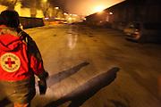 Benevoles de la Croix Rouge en patrouille dans les rues a la recherche de sans domicile fixe. // Volunteers of the Red Cross on patrol in the streets searching for homeless. France