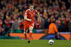 DUBLIN, REPUBLIC OF IRELAND - Friday, March 24, 2017: Wales' Gareth Bale in action against Republic of Ireland during the 2018 FIFA World Cup Qualifying Group D match at the Aviva Stadium. (Pic by David Rawcliffe/Propaganda)