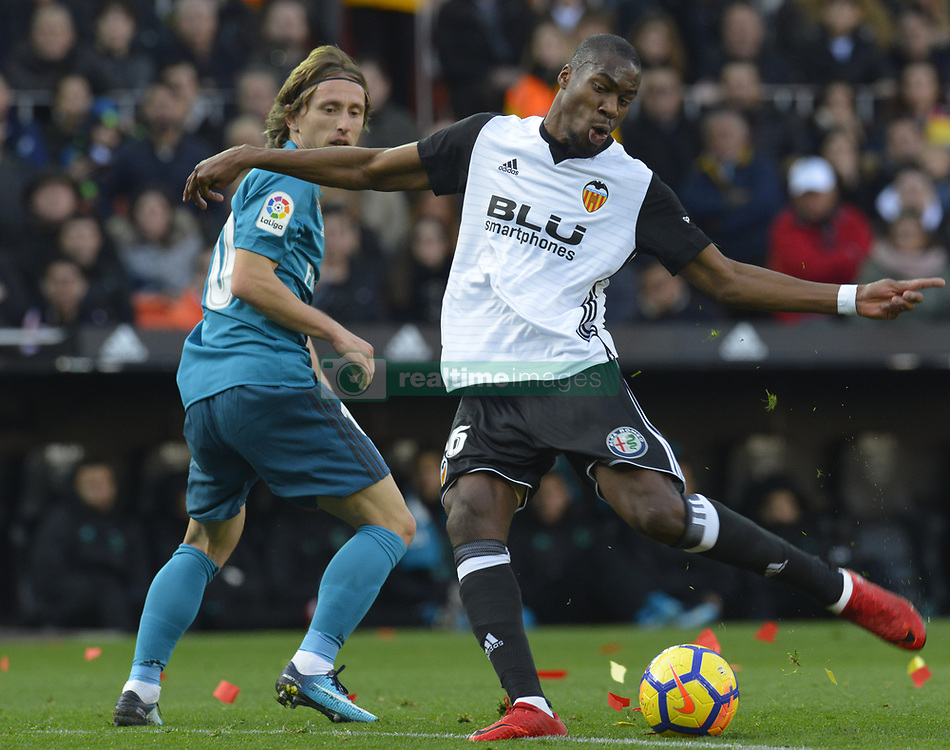 January 27, 2018 - Valencia, Spain - Kondogbia during the match between Valencia CF against Real Madrd, week 21 of La Liga 2017/187 at Mestala stadium, Valencia, SPAIN - 27th January of 2018. (Credit Image: © Jose Breton/NurPhoto via ZUMA Press)