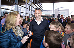 CARDIFF, WALES - Wednesday, May 29, 2019: Wales' manager Ryan Giggs meets supporters after a Q&A on the steps of the Senedd after a press conference at the Wales Millennium Centre during the Urdd National Eisteddfod to announce the squad for the forthcoming UEFA Euro 2020 Qualifying Group E matches for Wales against Croatia and Hungary. (Pic by David Rawcliffe/Propaganda)