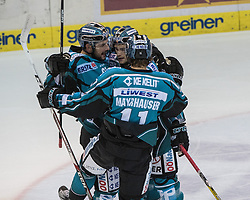 23.09.2016, Keine Sorgen Eisarena, Linz, AUT, EBEL, EHC Liwest Black Wings Linz vs Dornbirner Eishockey Club, 3. Runde, im Bild Patrick Spannring (EHC Liwest Black Wings Linz), Philipp Lukas (EHC Liwest Black Wings Linz) und Niklas Mayrhauser (EHC Liwest Black Wings Linz) feiern // during the Erste Bank Icehockey League 3rd round match between EHC Liwest Black Wings Linz and Dornbirner Eishockey Club at the Keine Sorgen Icearena, Linz, Austria on 2016/09/23. EXPA Pictures © 2016, PhotoCredit: EXPA/ Reinhard Eisenbauer