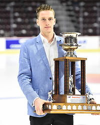 Thomas Chabot of the Saint John Sea Dogs won the Superstore CHL Defenceman of the Year Award. Photo by Aaron Bell/CHL Images