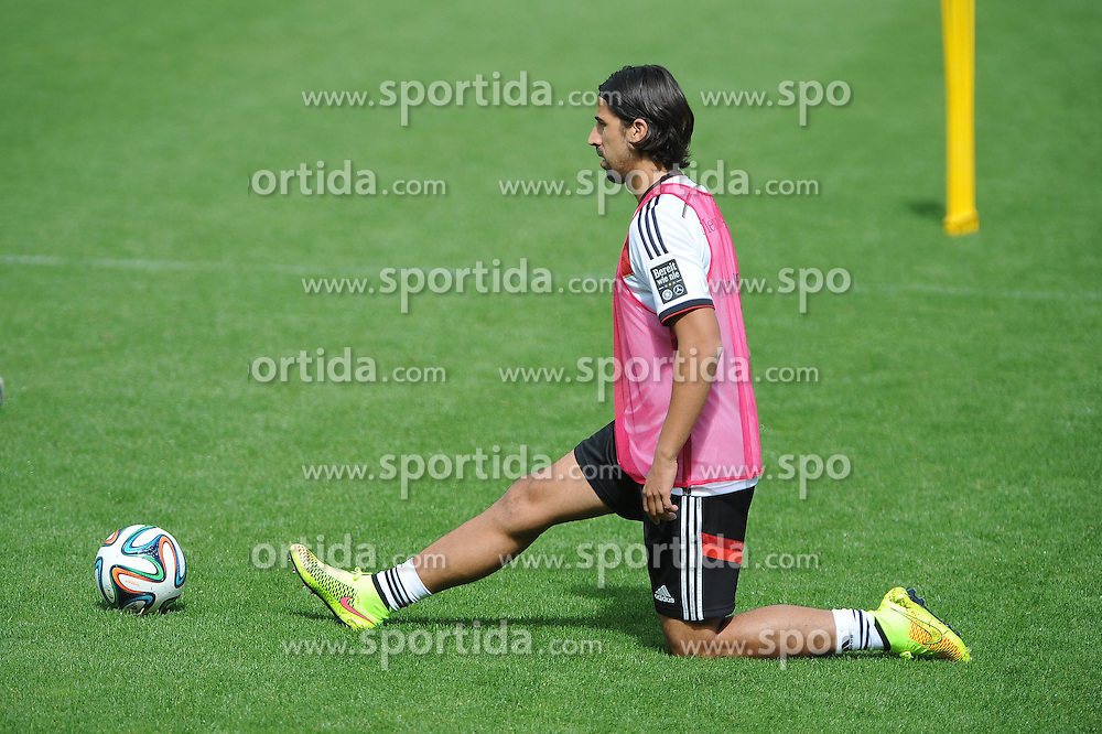 28.05.2014, Sportplatz, St. Martin Passeirtal, ITA, FIFA WM, Vorbereitung Deutschland, im Bild Sami Khedira (Real Madrid) zum ersten mal im Training dabei. // during Trainingscamp of Team Germany for Preparation of the FIFA Worldcup Brasil 2014 at the Sportplatz in St. Martin Passeirtal, Italy on 2014/05/28. EXPA Pictures &copy; 2014, PhotoCredit: EXPA/ Eibner-Pressefoto/ Stuetzle<br /> <br /> *****ATTENTION - OUT of GER*****
