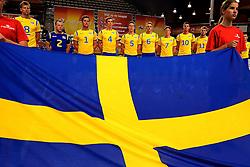 04-10-2013 VOLLEYBAL: WK KWALIFICATIE MANNEN NEDERLAND - ZWEDEN: ALMERE<br /> Zweden tijdens het volkslied<br /> ©2013-FotoHoogendoorn.nl