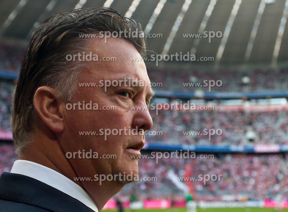 11.09.2010, Allianz Arena, München, GER, 1. FBL, FC Bayern München vs Werder Bremen, im Bild Louis van Gaal, (FC Bayern München, Trainer), EXPA Pictures © 2010, PhotoCredit: EXPA/ J. Feichter / SPORTIDA PHOTO AGENCY