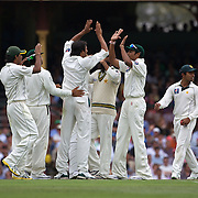 Mohammad Asif claims the wicket of Marcus North during the Australia V Pakistan 2nd Cricket Test match at the Sydney Cricket Ground, Sydney, Australia, 3 January 2010. Photo Tim Clayton