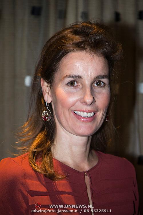 NLD/Amsterdam/201400414 - Uitreiking Erik Hazelhoff Jong Talentprijs en Biografieprijs door prinses Anita Sekreve,