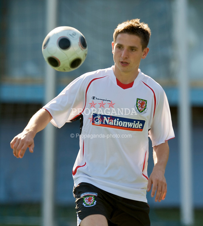 BAKU, AZERBAIJAN - Wednesday, June 3, 2009: Wales' Joe Allen during training at the Shafa Stadium ahead of the 2010 FIFA World Cup Qualifying Group 4 match. (Pic by David Rawcliffe/Propaganda)