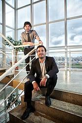 """Os sócios da """"Os Meias Pretas"""", uma empresa que vende meias masculinas por assinatura anual, Rafael Mesquita e Ronald Zancan (Sentado). FOTO: Jefferson Bernardes/Preview.com"""