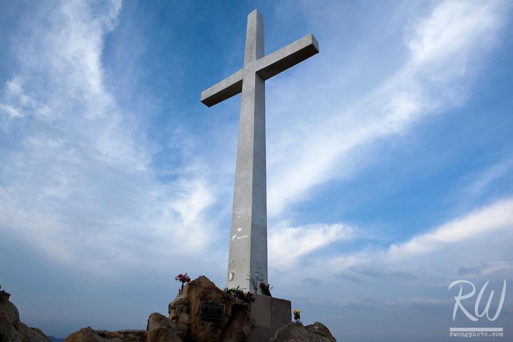 Serra Cross / Frank A. Miller Mount Rubidoux Memorial Park, Riverside, California
