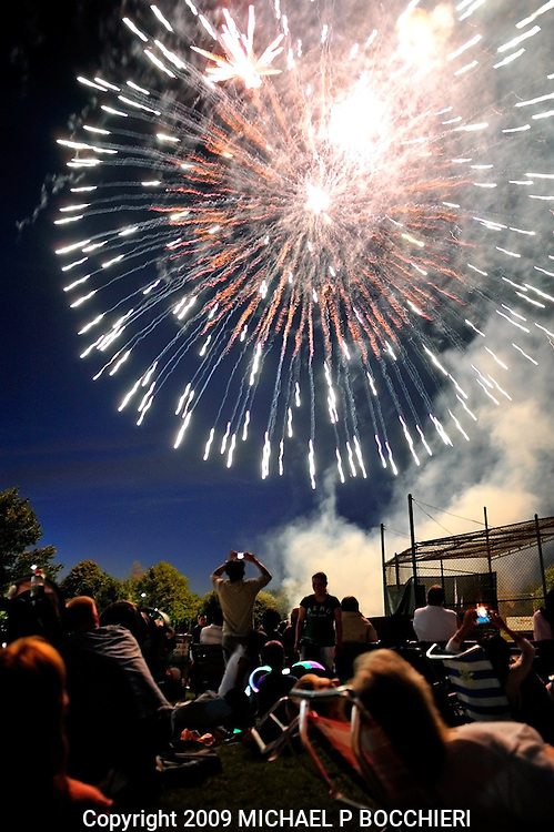 "RIDGEWOOD, NJ - JULY 04:  General view of the 2009 Ridgewood Fourth of July Celebration with fireworks at Veterans Field July 04, 2009 in RIDGEWOOD, NJ. The theme this year was ""50 States - One Nation."" (Photo by Michael Bocchieri/Bocchieri Archive)"