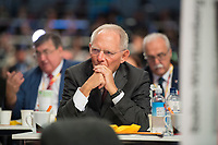 DEU, Deutschland, Germany, Hamburg, 07.12.2018: Bundestagspräsident Wolfgang Schäuble (CDU) beim Bundesparteitag der CDU in der Messe Hamburg.