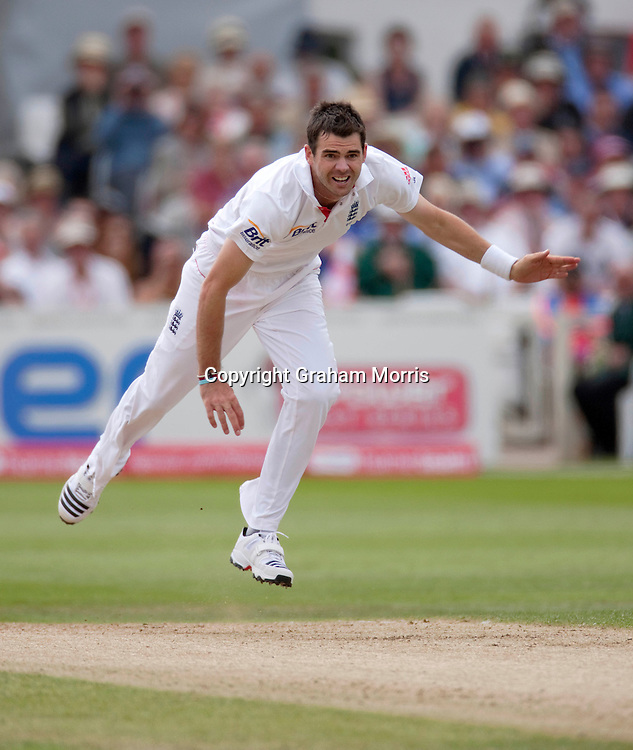 Bowler James Anderson in action during the second npower Test Match between England and India at Trent Bridge, Nottingham.  Photo: Graham Morris (Tel: +44(0)20 8969 4192 Email: sales@cricketpix.com) 30/07/11