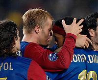 Photo: Richard Lane.<br />Barcleona v Chelsea. UEFA Champions League, Group A. 31/10/2006. <br />Barcelona's Eidur Gudjohnsen (lt) celebrates with Ronaldinho.