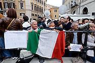 Roma 20 Aprile 2013.Proteste davanti a Montecitorio  del Movimento Cinque Stelle  per la rielezione di Giorgio Napolitano alla Presidenza della Repubblica .  Manifestanti in favore di Giorgio Napolitano