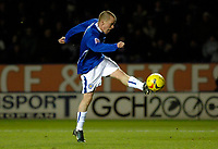 Photo: Daniel Hambury.<br />Leicester City v Crewe Alexander. Coca Cola Championship. 17/12/2005.<br />Leicester's Iain Hume scores the equaliser.