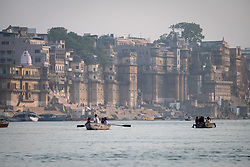 May 18, 2019 - Varanasi, India - On 18 May 2018, people travel by row boat on the Ganges River, which is considered to be holy and pure in the Hindu religion. Photo taken in the city of Varanasi, India. (Credit Image: © Diego Cupolo/NurPhoto via ZUMA Press)