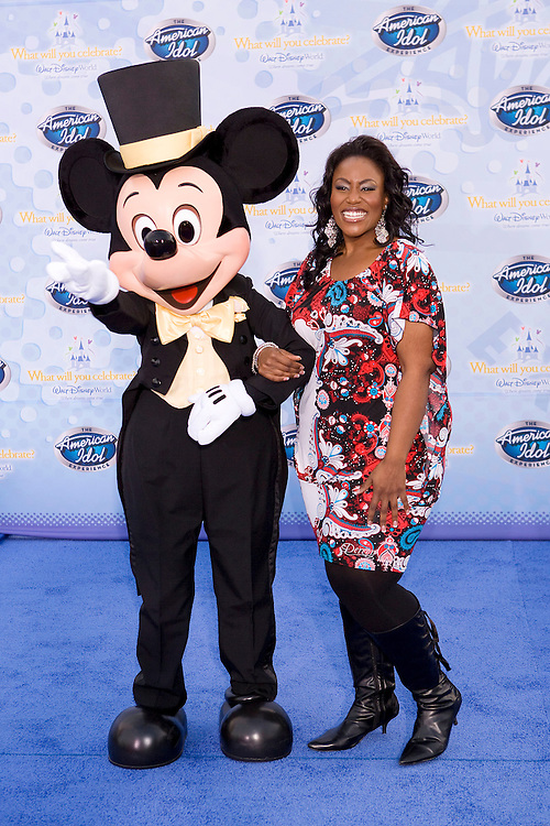 LAKE BUENA VISTA, FL - FEBRUARY 12: Mandisa, season 5 finalist, walks on the red carpet for the grand opening of the American Idol Experience at Disney's Hollywood Studios In Walt Disney World on February 12, 2009 in Lake Buena Vista, Florida. (Photo by Matt Stroshane/Getty Images)
