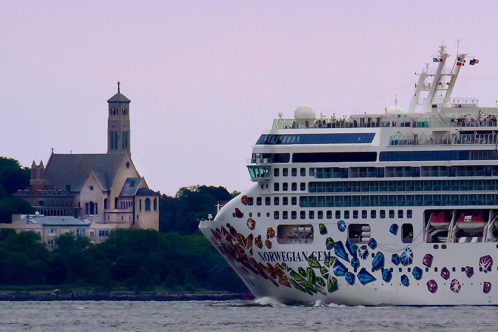 Huge ocean liner heads for the open ocean on the Hudson River.