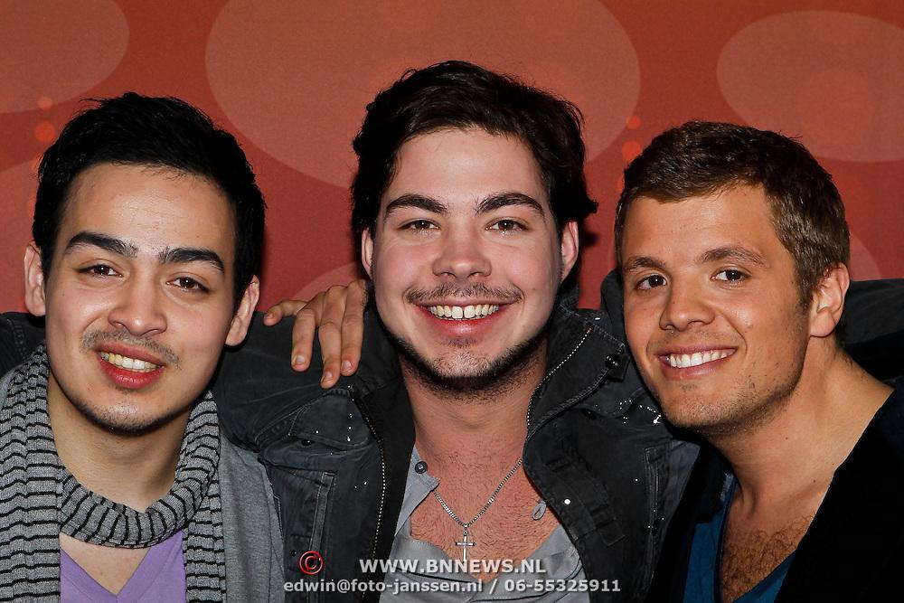 NLD/Hilversum/20100407 - Perspresentatie X-Factor 2010, Kelvin Muïs, Mathijs Rumping, Jaap Siewertz van Reesema