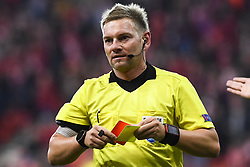 October 4, 2018 - Liege, BELGIUM - Referee Austrian Manuel Schuettengruber gives a red card to Akhisar's defender Mustafa Yumlu (not pictured) during a game of Belgian soccer team Standard de Liege against Turkish team Akhisar Belediyespor, in Liege, Thursday 04 October 2018, on day two of the Europa League group stage in group J. BELGA PHOTO LAURIE DIEFFEMBACQ (Credit Image: © Laurie Dieffembacq/Belga via ZUMA Press)