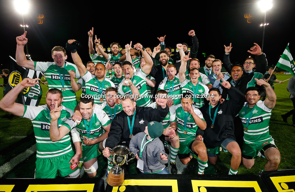 Manawatu celebrate after the win. The ITM Cup. ITM Cup Championship Rugby Final, Manawatu Turbo's v Hawkes Bay Magpies, FMG Stadium, Palmerston North, New Zealand. Friday, 24 October, 2014. Photo: John Cowpland / photosport.co.nz