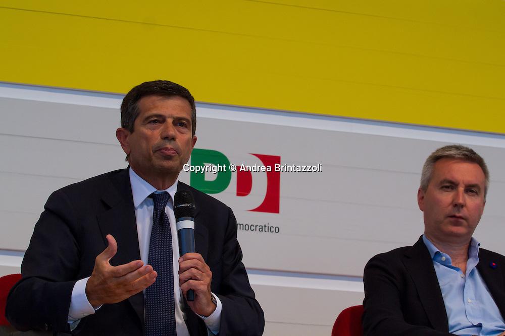 Bologna 01 Settembre 2014 - Festa dell'Unità - Dibattito: Nel cuore della democrazia: le riforme elettorali. Nella foto Maurizio Lupi, Lorenzo Guerini