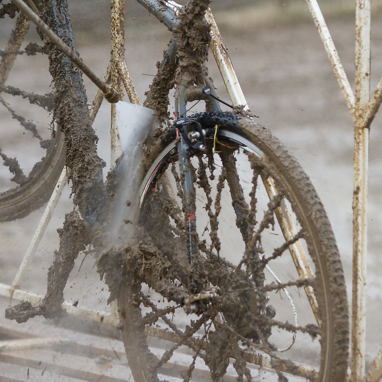 Pit Crews worked were orth thier weight in gold during this Louisville mudfest.   ©Brian Nelson