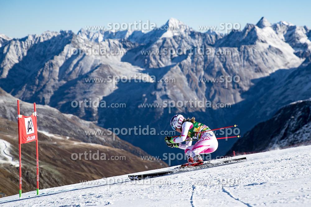 22.10.2016, Rettenbachferner, Soelden, AUT, FIS Weltcup Ski Alpin, Soelden, Riesenslalom, Damen, 1. Durchgang, im Bild Mikaela Shiffrin (USA) // Mikaela Shiffrin of the USA in action during 1st run of ladies Giant Slalom of the FIS Ski Alpine Worldcup opening at the Rettenbachferner in Soelden, Austria on 2016/10/22. EXPA Pictures © 2016, PhotoCredit: EXPA/ Johann Groder