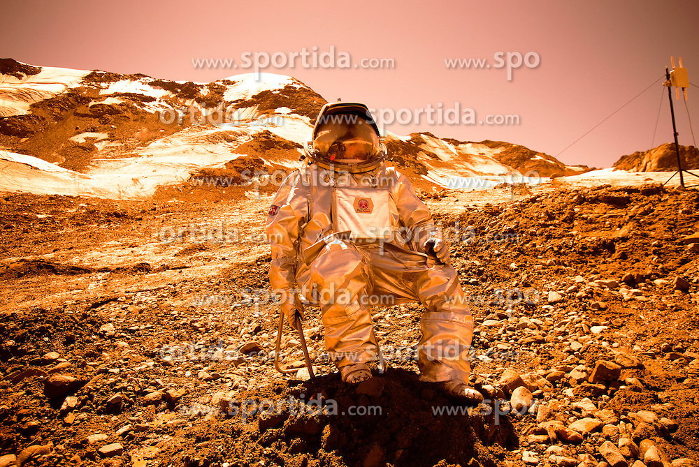 03.04.2015, Feichten im Kaunertal, AUT, &Ouml;sterreichisches Weltraum Forum, AMADEE 15 Mission. Mars Feldsimulation am Kaunertaler Gletscher. AMADEE-15 dient als Analogmission f&uuml;r zuk&uuml;nftige bemannte Expeditionen zu den Eisregionen des Mars. im Bild Analogastronaut Inigo Munoz Elorza // during the AMADEE-15 Mars Simulation of Austrian Space Forum. The international AMADEE-15 mission will be the highest ever conducated simulation of a human Mars mission worldwide. Rock glaciers at the Kaunertal Alps will serve as Mars analog site. AMADEE-15 is an analog mission for future human expeditions to ice regions on Mars. Kaunertal, Austria on 2015/08/03. EXPA Pictures &copy; 2015, PhotoCredit: EXPA/ Johann Groder<br /> <br /> ***** ACHTUNG BILD WURDE MIT DIGITALEN FILTERTECHNIKEN VERAENDERT / NOTE, THE PICTURE HAS CHANGED WITH DIGITAL FILTERING *****