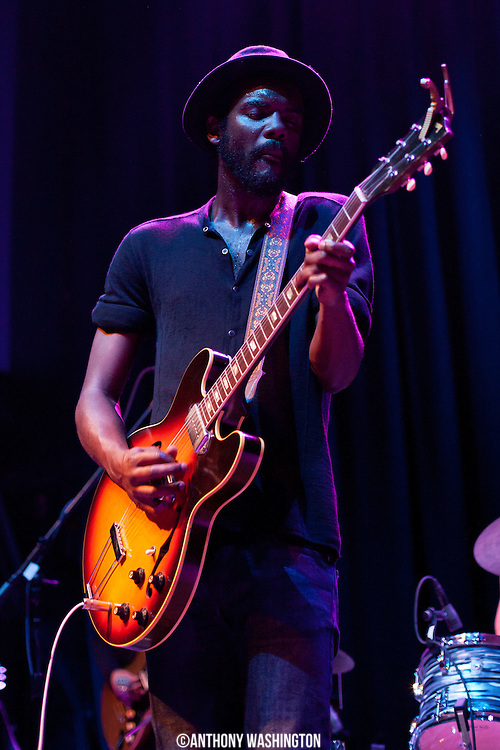 Gary Clark Jr. performs at the 9:30 Club in Washington, DC on Friday, November 8, 2012.
