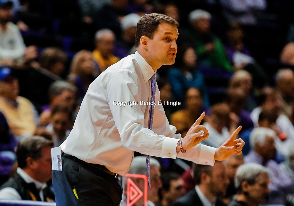 Jan 23, 2018; Baton Rouge, LA, USA; LSU Tigers head coach Will Wade against the Texas A&M Aggies during the first half at the Pete Maravich Assembly Center. Mandatory Credit: Derick E. Hingle-USA TODAY Sports