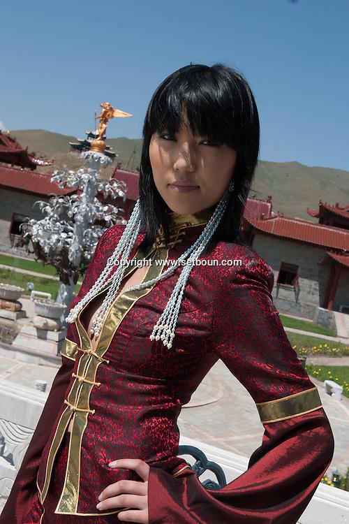 Badmaarag Narmandakh - a model from Mongolia | Model ... |Ulaanbaatar Model