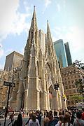 La cattedrale di San Patrizio sulla 5° strada, è il principale luogo di culto cattolico di New York.