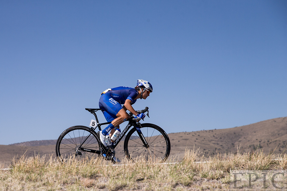 SILVERY CITY, NM - APRIL 18: Diana Peuela (UnitedHealthcare Pro Cycling Team) bridges a gap during stage 1 of the Tour of The Gila on April 18, 2018 in Silver City, New Mexico. (Photo by Jonathan Devich/Epicimages.us)