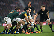 Twickenham. Great Britain,  Fourie DU PREEZ, get's his paas away, during, Semi Final, South Africa vs New Zealand  2015 Rugby World Cup,  Venue, Twickenham Stadium, Surrey England.   Saturday  24/10/2015.   [Mandatory Credit; Peter Spurrier/Intersport-images]