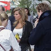 NLD/Amsterdam/20120419 - Lancering Moet Ice Imperial, Kim Kotter en partner Mark van Eeuwen