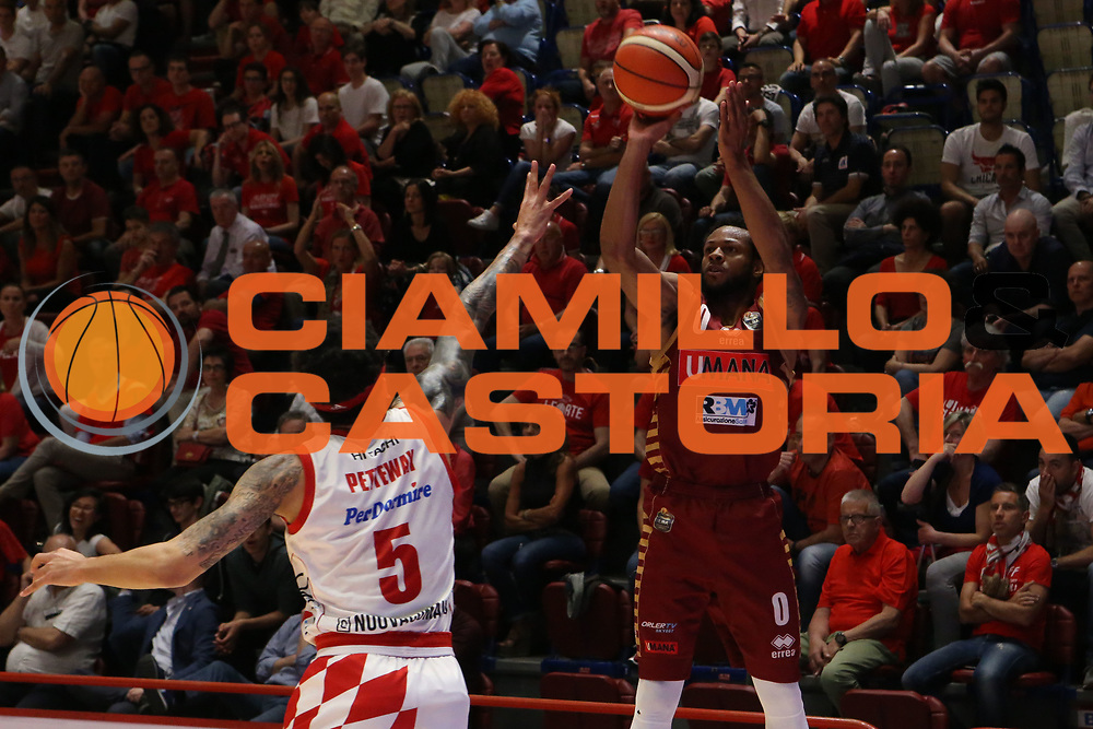 Marqez Haynes<br /> The Flexx Pistoia Umana Reyer Venezia<br /> Lega Basket Serie A 2016/2017<br /> Playoff Quarti di finale Gara 4<br /> Pistoia 19/05/2017<br /> Foto Ciamillo-Castoria