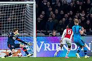 AMSTERDAM - 05-04-2017, Ajax - AZ, Stadion Arena, Ajax speler Bertrand Traore scoort hier de 1-0, doelpunt, AZ keeper Tim Krul