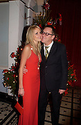Vic Reeves and Nancy Sorrell, 'Love Actually after premiere party. the Old In and Out club, Piccadilly, 16 November 2003. © Copyright Photograph by Dafydd Jones 66 Stockwell Park Rd. London SW9 0DA Tel 020 7733 0108 www.dafjones.com