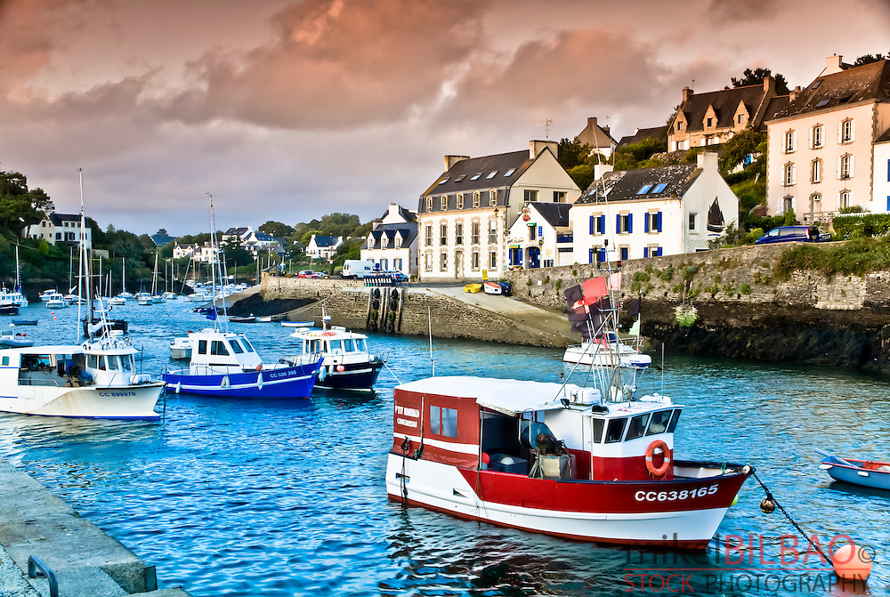 River and boats.<br /> Doelan village.<br /> Brittany, France, Europe.