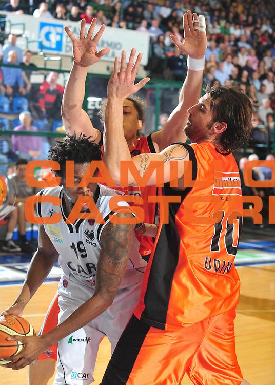 DESCRIZIONE : Ferrara Lega A1 2008-09 Carife Ferrara Snaidero Udine<br /> GIOCATORE :  Ndudi Ebi<br /> SQUADRA : Carife Ferrara<br /> EVENTO : Campionato Lega A1 2008-2009 <br /> GARA : Carife Ferrara Snaidero Udine<br /> DATA : 05/04/2009 <br /> CATEGORIA : Passaggio<br /> SPORT : Pallacanestro <br /> AUTORE : Agenzia Ciamillo-Castoria/M.Gregolin