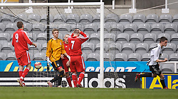 Newcastle, England - Saturday, March 10, 2007: Liverpool's goalkeeper Martin Hansen looks dejected as Newcastle United's Ryan Donaldson scores during the FA Youth Cup Semi Final 1st Leg at St James' Park. (Pic by David Rawcliffe/Propaganda)