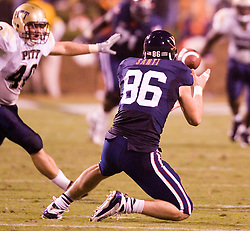 Virginia tight end Tom Santi (86) ..The Virginia Cavaliers faced the Pittsburgh Panthers at Scott Stadium in Charlottesville, VA on September 29, 2007.