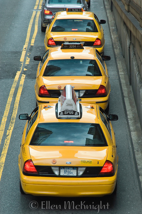 Taxis lined up on Park Avenue in New York City